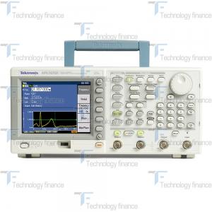Генератор синусоидального сигнала Tektronix AFG3051C