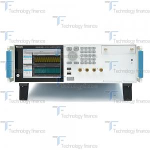 Генератор сигналов произвольной формы Tektronix AWG5202