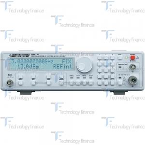 Генератор сигналов (синтезатор частот) Rohde & Schwarz HM8135